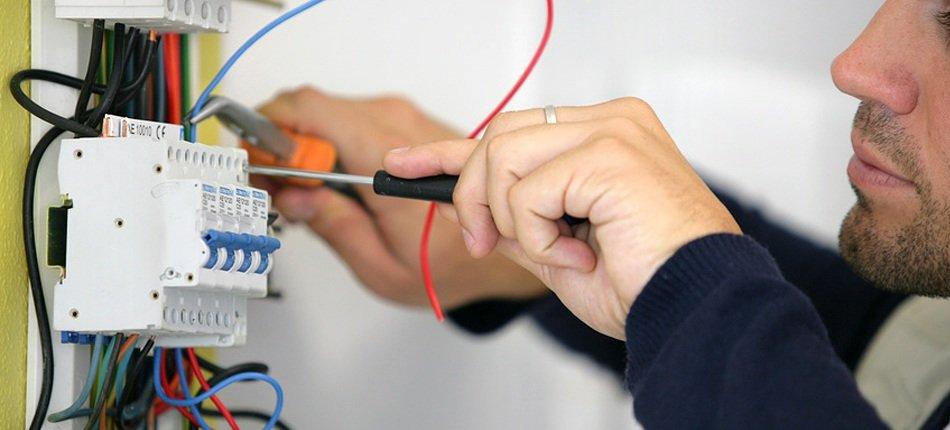 Suggerimenti Per La Sicurezza Elettrica
